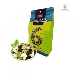 natural & premium nuts